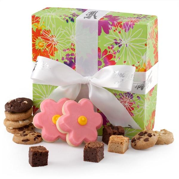 Mrs. Fields Spring Bites Box