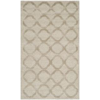 Martha Stewart by Safavieh Quatrefoil Mist Silk/ Wool Rug (2'6 x 4'3)