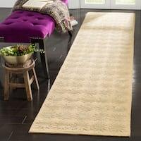 Martha Stewart by Safavieh Constellation Moon Silk/ Wool Rug (2'3 x 10') - 2'3 x 10'