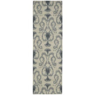 Hand-tufted Siam Ikat Silver Runner Rug (2'3 x 7'6)