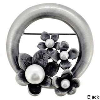 Vintage Style Pearl Black Flower Wreath Pin Brooch
