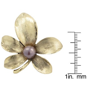Goldtone or Silvertone Faux Pearl Flower Brooch