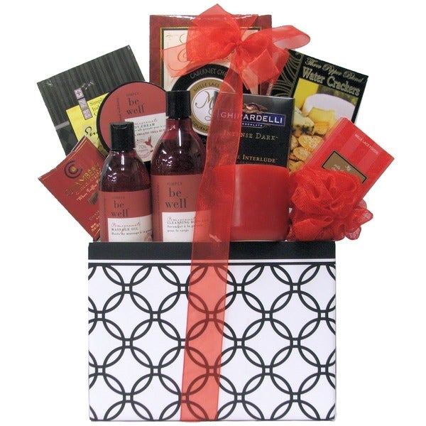 Great Arrivals Candelight Romance and Spa Anniversary Gift Basket