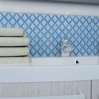 SomerTile 9.875x11.125-inch Casablanca Aella Porcelain Mosaic Floor and Wall Tile (10 tiles/7.6 sqft.)