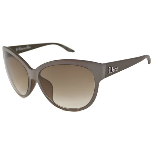 9d4d3e267c93 Shop Christian Dior Women s Dior Paname F Cat-Eye Sunglasses - Free ...