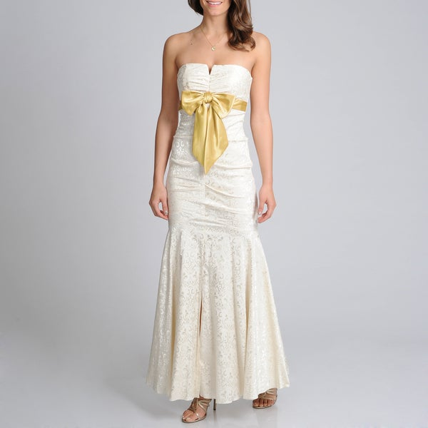 Blondie Nites Junior's Ivory Jacquard Bow Front Evening Gown