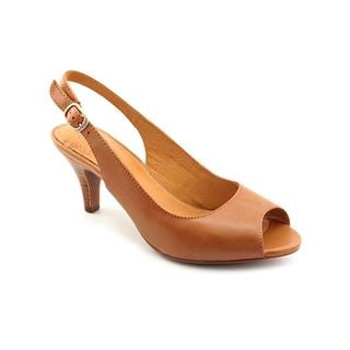 Clarks Women's 'Cynthia Fest' Leather Dress Shoes