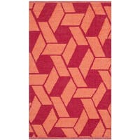 Thom Filicia Hand-woven Indoor/ Outdoor Blood/ Orange Plastic Rug - 2'6 x 4'