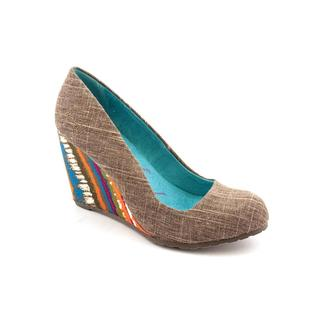 Blowfish Women's 'Illi' Synthetic Dress Shoes