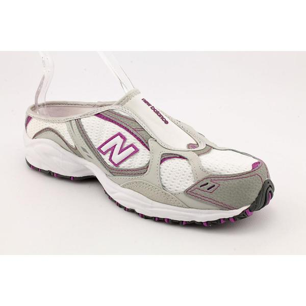 New Balance Women's 'WTM460' Mesh Athletic Shoe