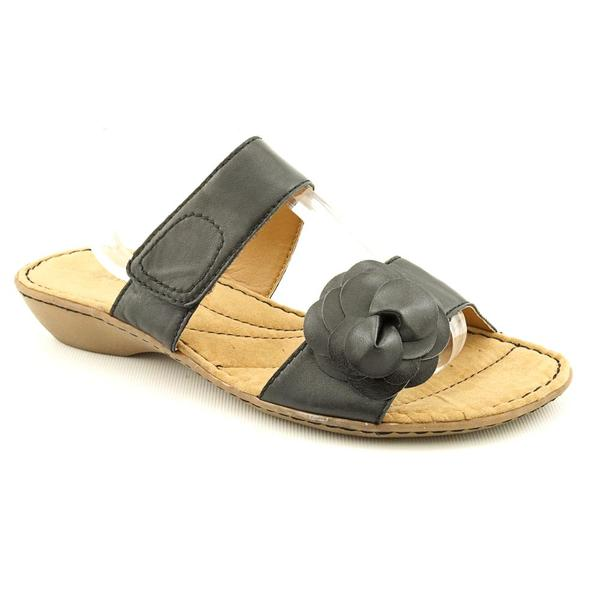 Easy Spirit Women's 'Nessie' Leather Sandals (Size 8.5)