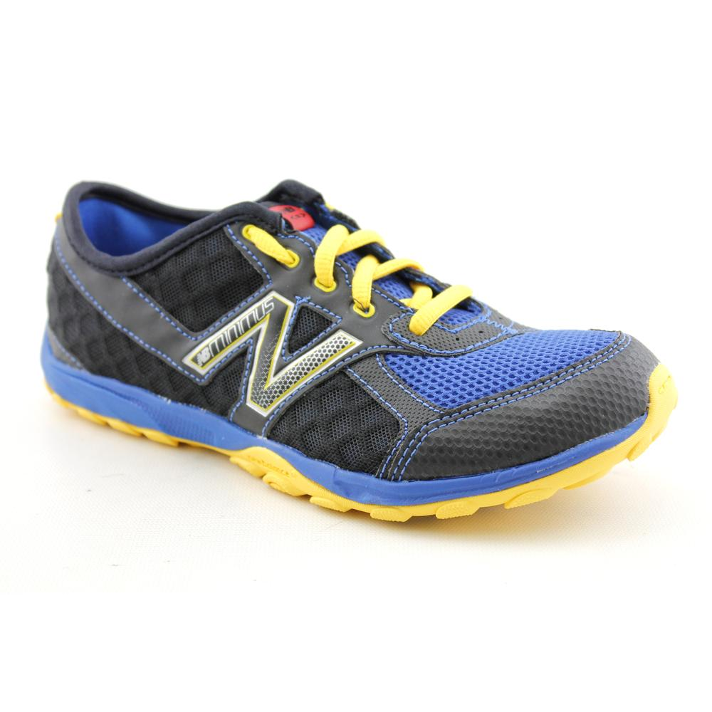 KT20' Mesh Athletic Shoe - Wide (Size