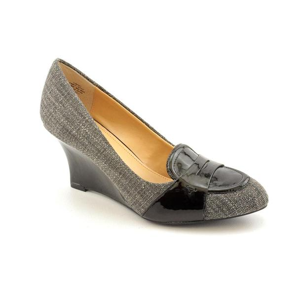 9ba57f74e399 Shop Circa Joan   David Women s  Manni  Basic Textile Dress Shoes - Free  Shipping On Orders Over  45 - Overstock - 7934678