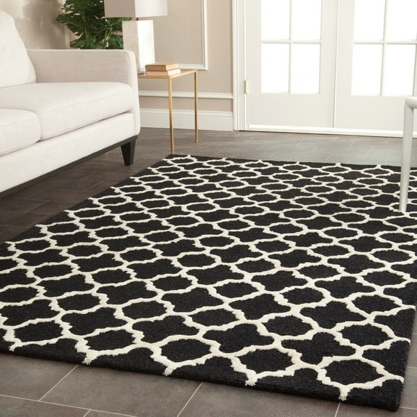 Traditional Safavieh Handmade Cambridge Moroccan Black Wool Rug (8' x 10')