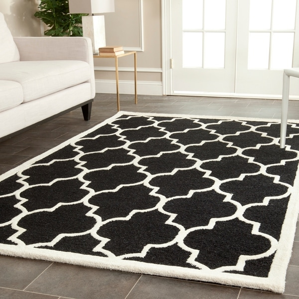 Safavieh Handmade Cambridge Moroccan Black Geometric Wool Rug - 9' x 12'
