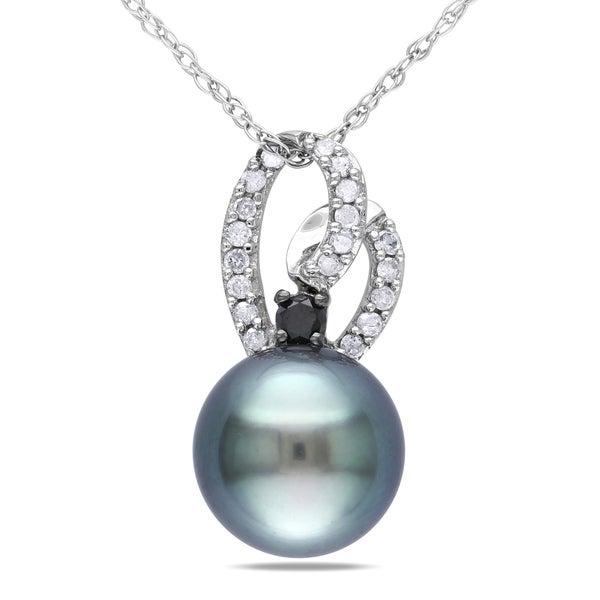 Miadora 10k Gold Tahitian Black Pearl and 1/6ct TDW Diamond Necklace (H-I, I2-I3)