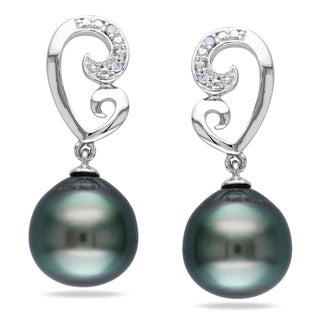 Miadora 10k Gold Tahitian Black Pearl and Diamond Earrings (9-9.5 mm)