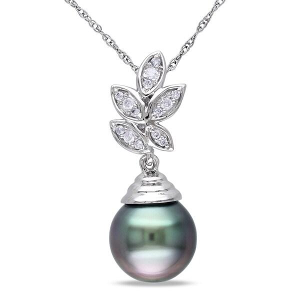 Miadora 10k Gold Pearl and 1/10ct TDW Diamond Necklace (H-I, I2-I3)