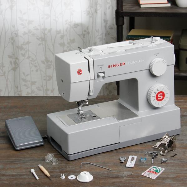 Singer 4411 Electronic Sewing Machine (w/ bonus set of 3 feet)