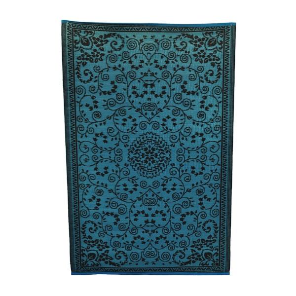 Indoor/Outdoor Turquoise/Coffee Rug (6' x 4')