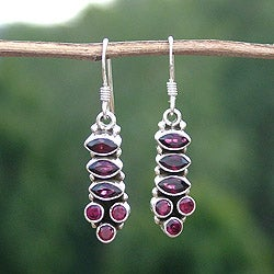 Sterling Silver 'Incandescent Passion' Garnet Earrings (India)