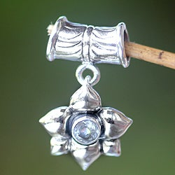 Handmade Sterling Silver 'March Daffodil' Aquamarine Pendant (Indonesia)