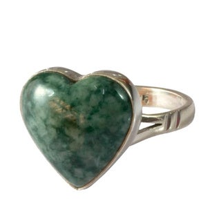 Link to Handmade Sterling Silver Love Immemorial Jade Ring (Guatemala) - Green Similar Items in Rings