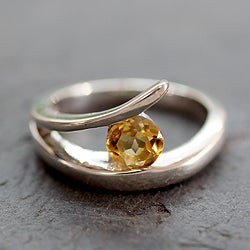 Handmade Sterling Silver 'Dazzling Love' Citrine Ring (India)