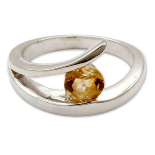 Handmade Sterling Silver 'Dazzling Love' Citrine Ring (India) - Yellow