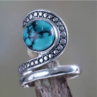 Handmade Sterling Silver 'Sanur Swirl' Reconstituted Turquoise Ring (Indonesia)