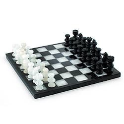 Triumph Hand Carved Black and White Onyx and Marble Game Suitable for Boys Girls or Family Night Decorative Chess Set (Mexico)|https://ak1.ostkcdn.com/images/products/7953874/Handcrafted-Onyx-and-Marble-Triumph-Chess-Set-Mexico-P15326509.jpg?impolicy=medium