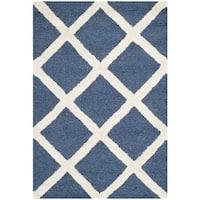 Safavieh Handmade Cambridge Moroccan Navy Crisscross Wool Rug (2' x 3') - 2' x 3'