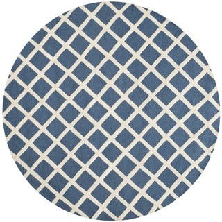 Safavieh Handmade Moroccan Cambridge Navy Wool Area Rug (6' Round)