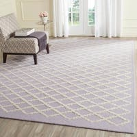 Safavieh Handmade Cambridge Moroccan Lavender Trellis-Patterned Wool Rug - 4' x 6'
