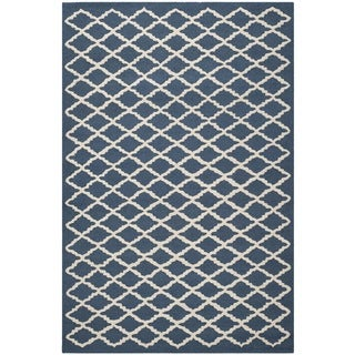 Safavieh Handmade Cambridge Moroccan Navy Diamond-Pattern Wool Rug (4' x 6')