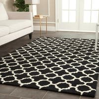Contemporary Safavieh Handmade Cambridge Moroccan Black Wool Rug (5' x 8') - 5' x 8'