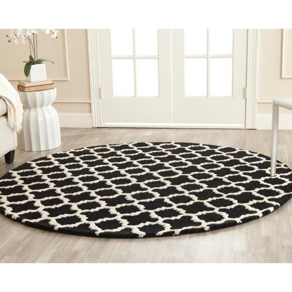Safavieh Handmade Cambridge Moroccan Black Wool Rug (6' x 6' Round)
