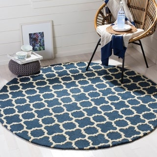 Safavieh Handmade Moroccan Cambridge Navy Wool Rug (6' Round)