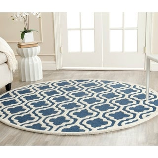Safavieh Handmade Cambridge Moroccan Navy Pure Wool Rug (6' Round)