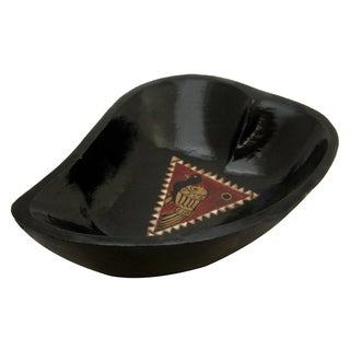 Handmade Paisley Shape Black Wooden Bowl (Indonesia)