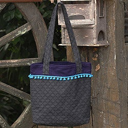 Handcrafted Cotton 'Grey Versatility' Medium Tote Bag (Thailand)