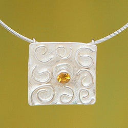 Handmade Sterling Silver 'Sunny Thoughts' Citrine Necklace (Peru)