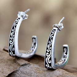 Handcrafted Sterling Silver 'Royal Bali' Earrings (Indonesia)