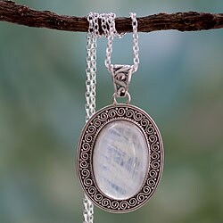 Handmade Sterling Silver 'Luminous Light' Rainbow Moonstone Necklace (India)
