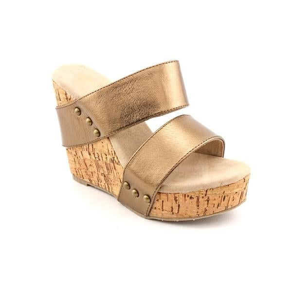 Very Volatile Women's 'Karmatic' Bronze Leather Sandals