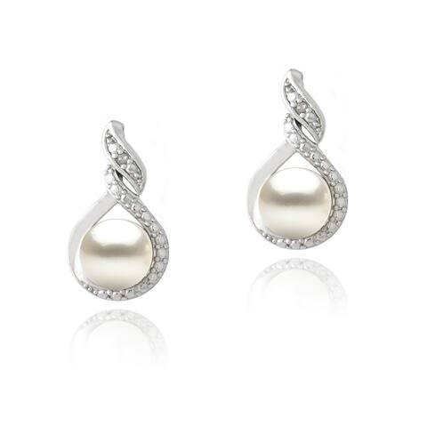 Glitzy Rocks Silver FW Pearl and Diamond Accent Swirl Infinity Earrings (7 mm)