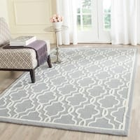 Safavieh Handmade Cambridge Moroccan Silver Comfortable Wool Rug - 4' x 6'