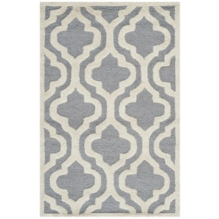 "Safavieh Handmade Cambridge Moroccan Contemporary Silver Wool Rug (2'6"" x 4')"