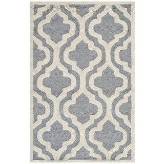 Safavieh Handmade Traditional Moroccan Cambridge Silver Wool Rug (3' x 5')