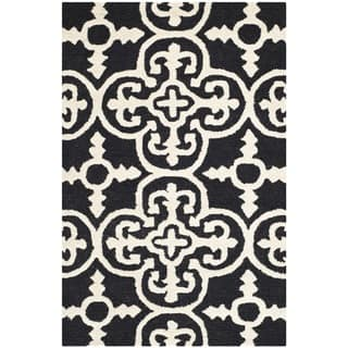 "Traditional Safavieh Handmade Cambridge Moroccan Black Wool Accent Rug (2'6"" x 4')